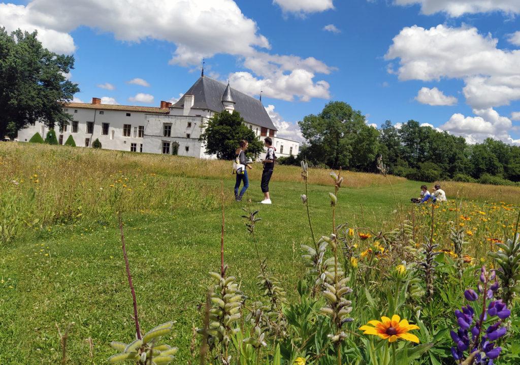photo jeu aventure réalité augmentée château Bâtie d'Urfé Loire